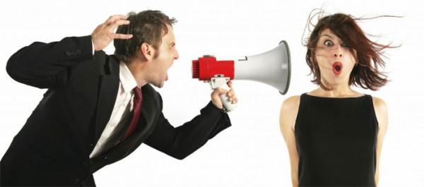 Det hjælper sjældent på en samtale at den ene part råber af den anden.